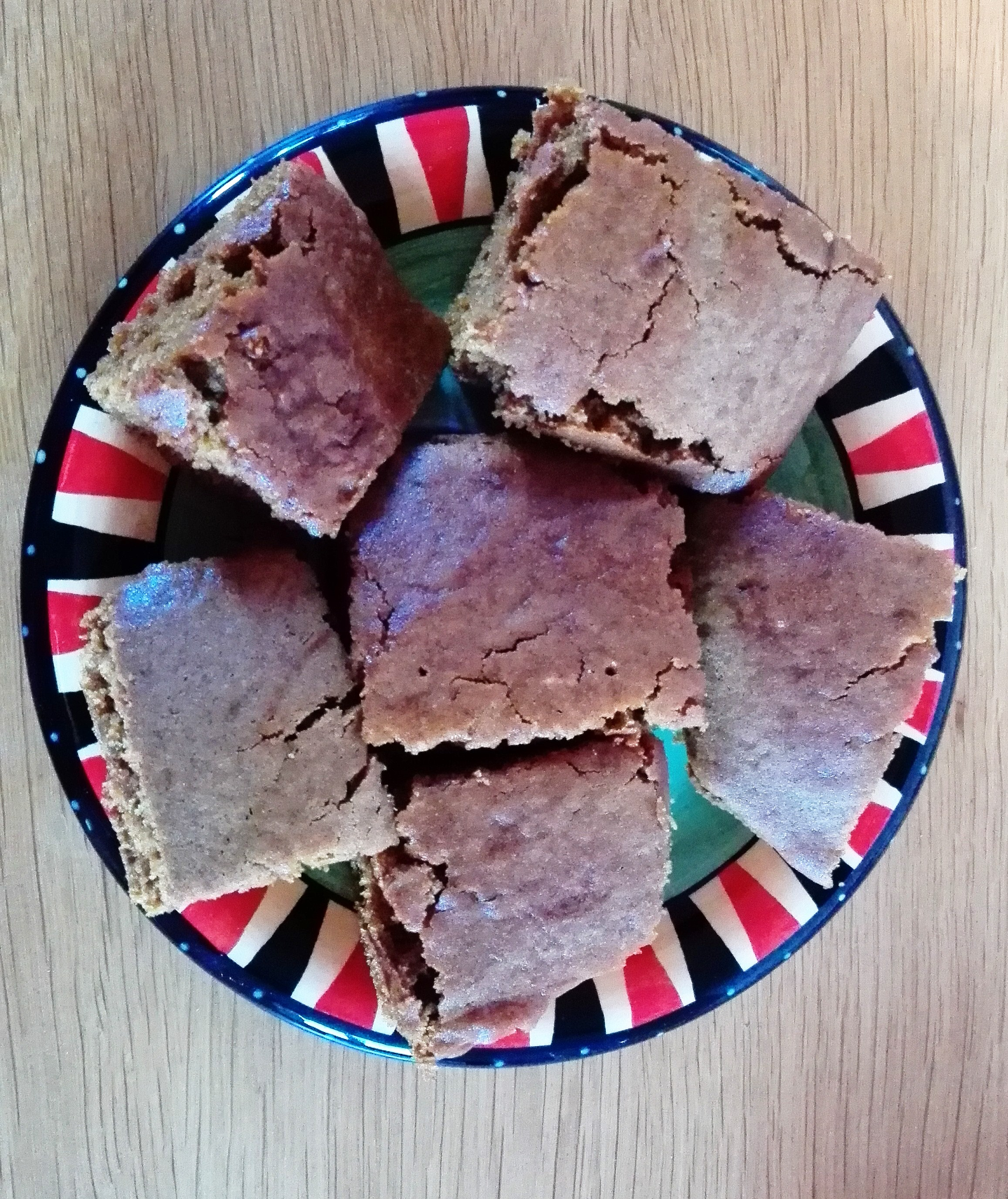 gluten free yorkshire parkin on a plate for bonfire night