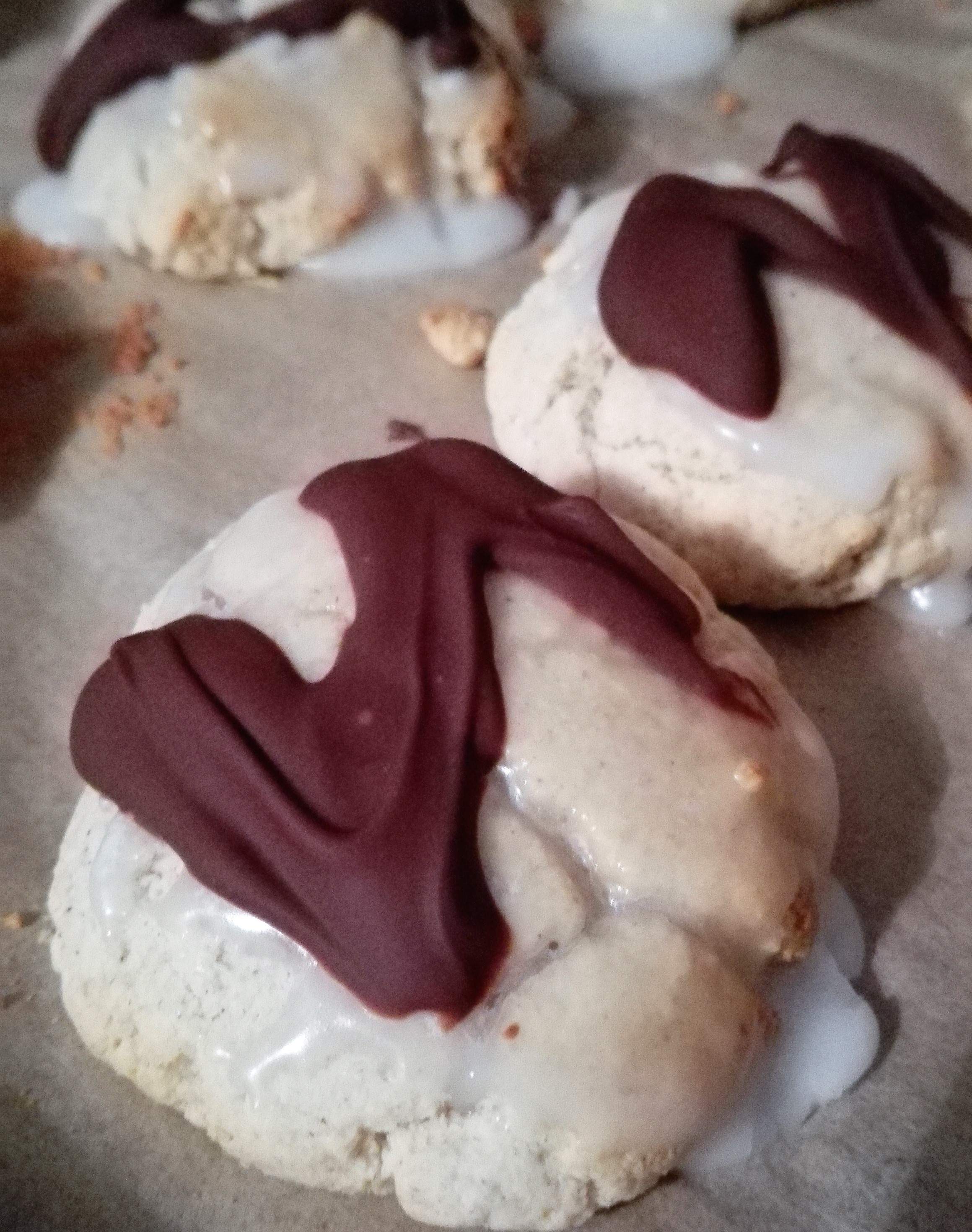 baked gluten free lebkuchen with icing and chocolate drizzle