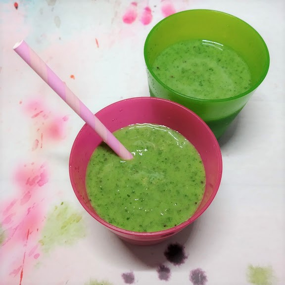 healthy green smoothies are a great way to get extra vitamins in to children